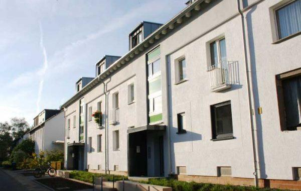 Aufstockung und Sanierung Mehrfamilienhäuser